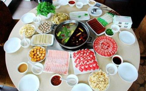北京小肥羊火锅店给你吃出小时候的味道